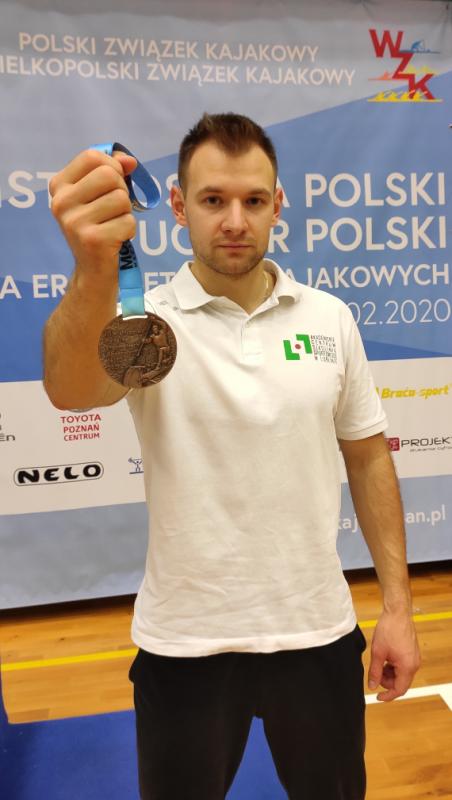 medalista Wiktor Wieruszewski.png