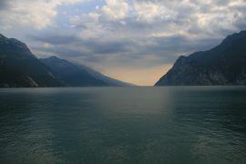 Jezioro Garda po burzy.JPG