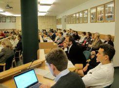 Czytelnicy - zasoby informacji. Fot. IINiB UMCS oraz BGł...