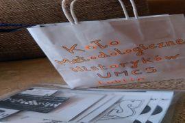 IH_KMH UMCS_prezenty dla klasy przybyłej do DDK od KMH...