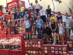 my w Rio na schodach Escadaria Selaron.jpg