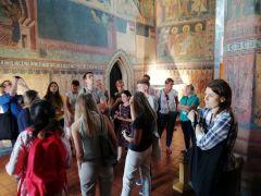 IH_Uczestnicy Szkoły UNESCO Zamek Kaplica Trójcy Świętej.jpg
