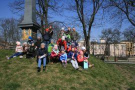IH_KMH UMCS_wycieczka, pod pomnikiem Unii Lubelskiej.JPG