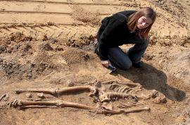 Ryc. 3 Monika Bajka odkrywa tajemnice starożytności.jpg