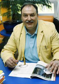 prof. dr hab. Wiesław Gruszecki