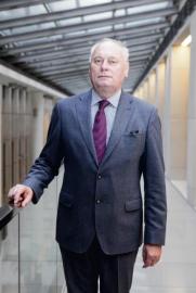 prof. dr hab. Antoni Hanusz