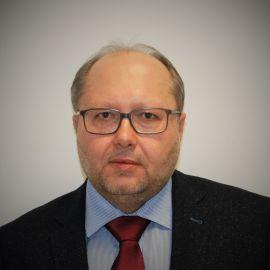 Dr hab. Radosław Mącik