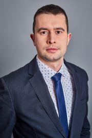 dr Damian Rusinek