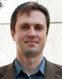 dr hab. Piotr Dobrowolski