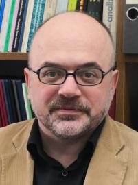 dr hab. Piotr Borowski