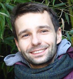 dr Piotr Mączyński
