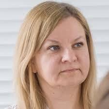 dr hab. Agnieszka Lewicka-Zelent