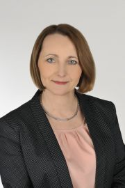 dr hab. Monika Wawrzkiewicz