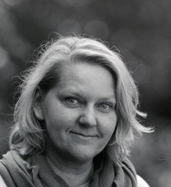 dr hab. Anna Pastuszka
