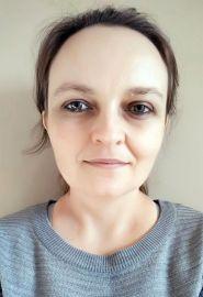 dr Beata Hołub