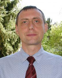 dr Jarosław Banaś