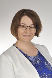 dr hab. Ewa Skwarek