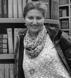 dr hab. Elżbieta Flis-Czerniak