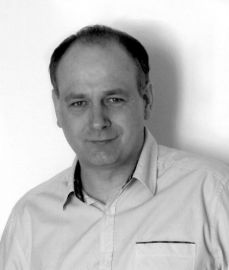 dr hab. Tomasz Kwapiński