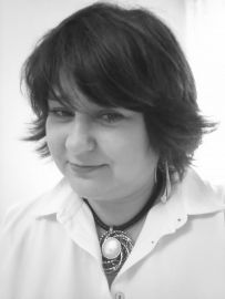 dr hab. Anna Tryksza