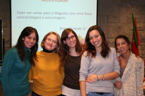 Obchody dnia św. Marcina - studentki ze Escola Superior...