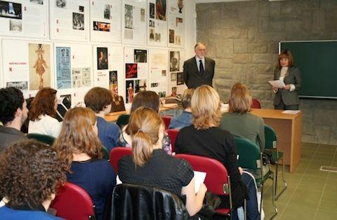 Palestra do Doutor Eugeniusz Rzewuski sobre Literatura...