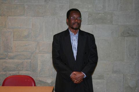 """""""Literatura em línguas africanas: (n)um caldeirão..."""
