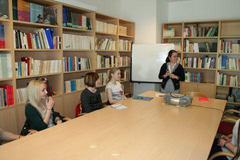 Estágio da Profa. Ana Coelho da Universidade Aberta de...