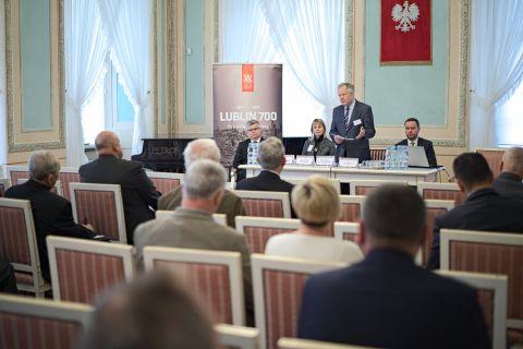 O samorządowych tradycjach 700-letniego Lublina