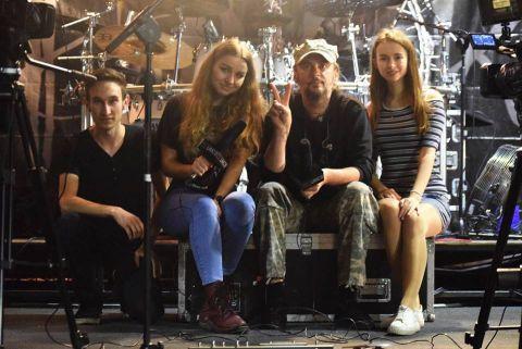 Muzyk na backstage'u: Hunter