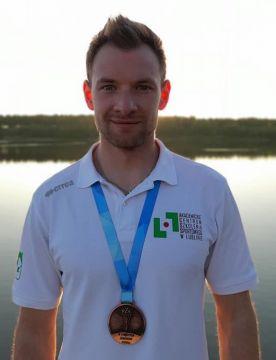 Student Wiktor Wieruszewski medalistą Długodystansowych...
