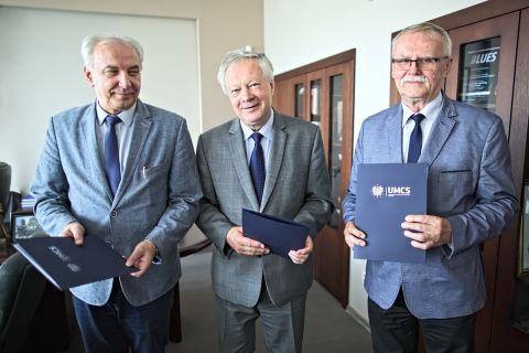 Podpisanie umowy o wspólnym prowadzeniu szkoły doktorskiej