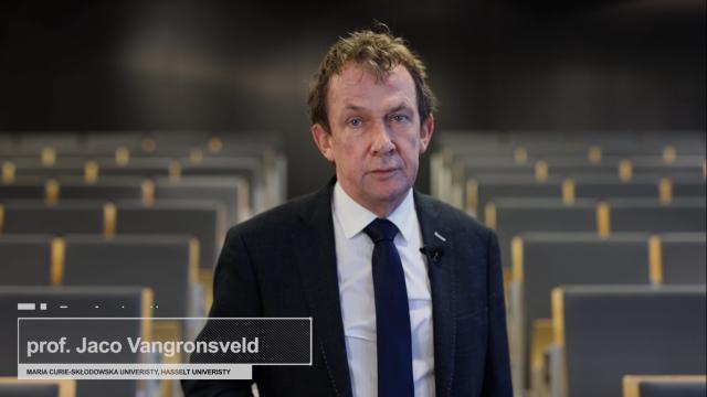 prof. Vangronsveld.png