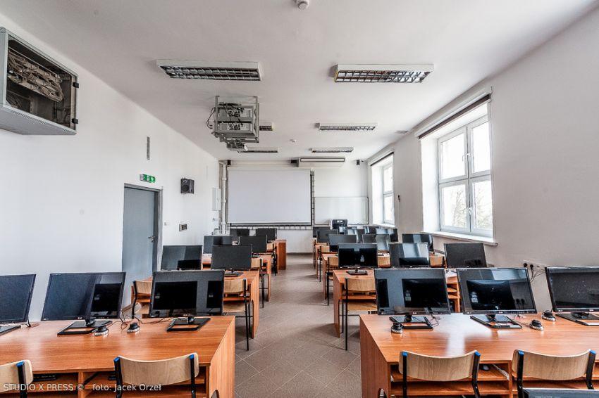 Aparatura na Wydziale MFiI