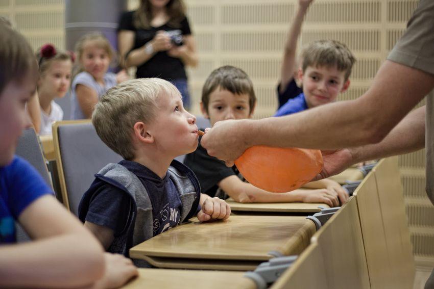 Spotkania z fizyką dla dzieci